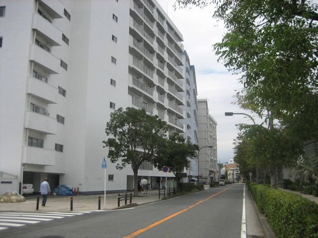 六浦 ヨークマート